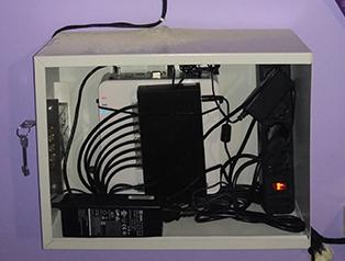 Пример монтажа видеорегистратора Hikvision в антивандальном ящике
